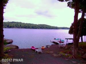 1314 Lakeview Dr, Lake Ariel, PA 18436