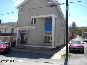 300 Keystone St, Hawley, PA 18428