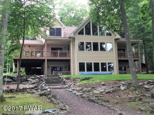 78 Ledge Dr, Lakeville, PA 18438