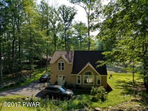1040 Sunrise Ter, Lake Ariel, PA 18436