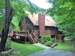 1046 Evergreen Dr, Lake Ariel, PA 18436