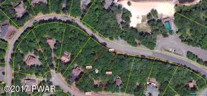 109 Overlook Ln, Lackawaxen, PA 18435