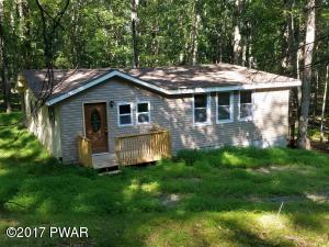 156 Deer Trail Dr, Hawley, PA 18428