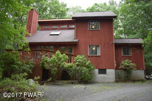 204 Surrey Drive, Lords Valley, PA 18428