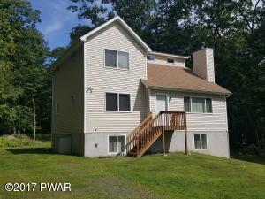 140 Oak Hill Rd, Hawley, PA 18428