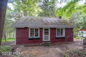 199 Wallenpaupack Dr, Greentown, PA 18426