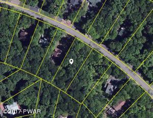 3162 Northgate Rd, Lake Ariel, PA 18436