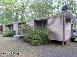 802 Canoebrook Ct, Lords Valley, PA 18428