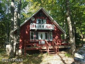 207 Forest Dr, Lords Valley, PA 18428