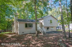 1042 Mountain Top Dr, Lake Ariel, PA 18436