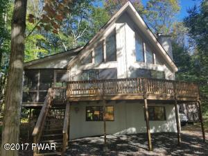 910 Deerfield Rd, Lake Ariel, PA 18436