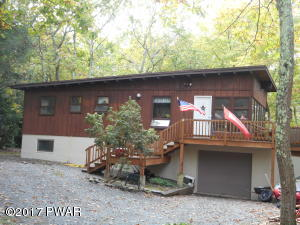 532 Maple Ridge Dr, Lords Valley, PA 18428