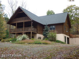 106 Rock Spring Dr, Greentown, PA 18426