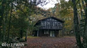 109 Blueshelf Ln, Lords Valley, PA 18428