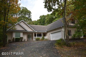 116 Washington Drive, Lords Valley, PA 18428