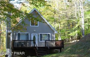 127 Cypress Ln, Greentown, PA 18426