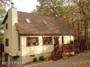 143 Lakewood Dr, Dingmans Ferry, PA 18328