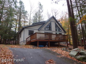 1064 Rainbow Dr, Lake Ariel, PA 18436