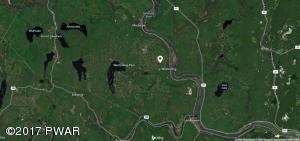 138 Liberty Ln, Lackawaxen, PA 18435
