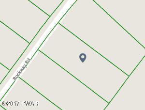 2777 Rockway Rd, Lake Ariel, PA 18436