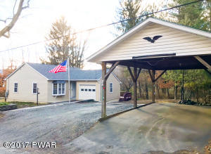 307 Ridge Ave, Hawley, PA 18428