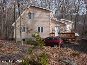 1076 Sunrise Ter, Lake Ariel, PA 18436