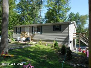 435 Hill St, Greentown, PA 18426