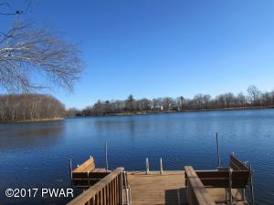176 Lake Dr, Dingmans Ferry, PA 18328