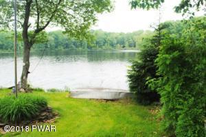 111 Lake Shore Dr, Waymart, PA 18472