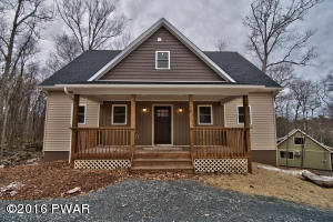 105 Squaw Valley Ln, Tafton, PA 18464