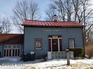 100 2nd St, Milford, PA 18337