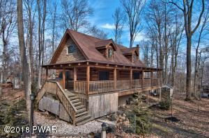 1133 Indian Dr, Lake Ariel, PA 18436