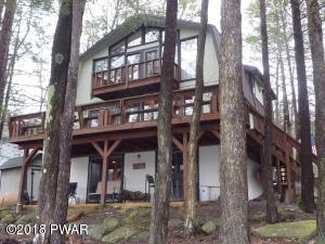1176 Beaver Lake Dr, Lake Ariel, PA 18436