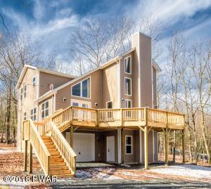 104 Sparrow Pl, Lackawaxen, PA 18435