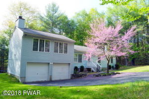 160 West Mulberry Dr, Milford, PA 18337
