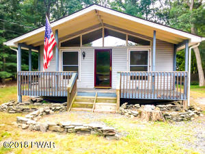 398 Wild Acres Dr, Dingmans Ferry, PA 18328