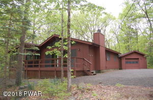 801 Granite Ct, Lords Valley, PA 18428