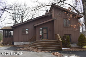 118 West End Drive, Lords Valley, PA 18428