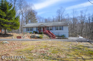 102 Butternut Ln, Greentown, PA 18426