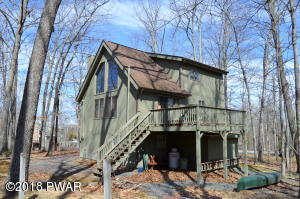 143 Laurel Rd, Lackawaxen, PA 18435