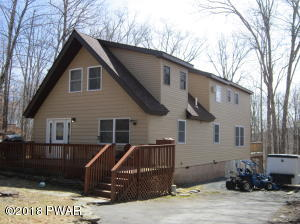 280 Upper Independence Dr, Lackawaxen, PA 18435