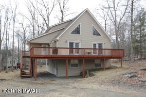 120 Constitution Dr, Lackawaxen, PA 18435