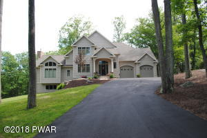 235 Indian Dr, Greentown, PA 18426