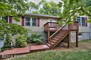2506 Oak Ct, Lake Ariel, PA 18436