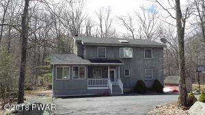 110 Canoebrook Dr, Lords Valley, PA 18428