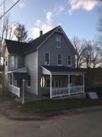 49 Grove St, Carbondale, PA 18407