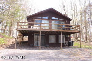 1834 Lakeview Dr, Lake Ariel, PA 18436