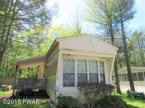 204 Escape Way, Greentown, PA 18426