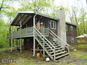 215 Mountain View Dr, Lords Valley, PA 18428