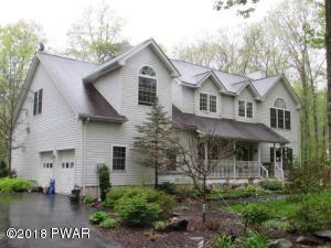 431 Canoebrook Dr, Lords Valley, PA 18428